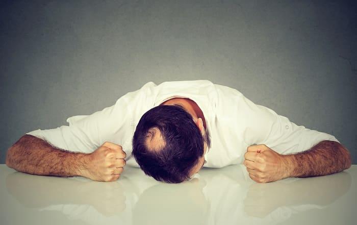 Kreisrunder Haarausfall bei Männer