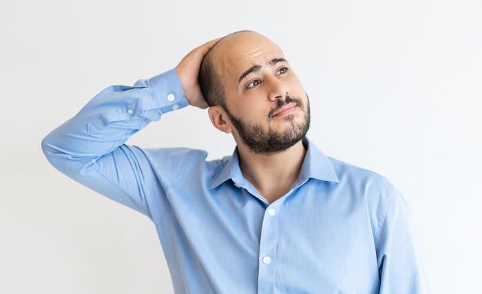 Ursachen und Auslöser des Haarverlusts